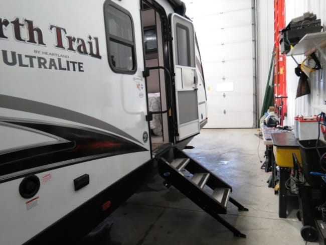 New 2019 NORTH TRAIL 31BHDD For Sale at Outdoor Champs RV & Auto | VIN: