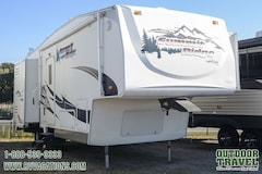2006 AMERI-CAMP Summit Ridge 265DS-BS Rear Living Room 5th Wheel -