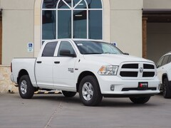 New 2019 Ram 1500 Classic EXPRESS CREW CAB 4X2 5'7 BOX Crew Cab in La Grange, TX