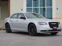 New 2019 Chrysler 300 TOURING Sedan in La Grange, TX