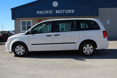 2013 Dodge Grand Caravan SE Minivan