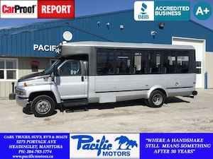 2009 GMC C5500 21 PASSENGER BUS*Duramax*WheelChair Lift BUS