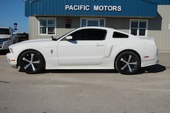 2012 Ford Mustang V6 Coupe Coupe