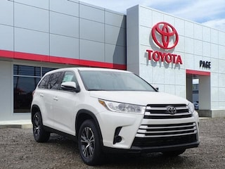 New 2019 Toyota Highlander LE I4 SUV for sale near you in Southfield, MI