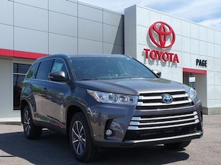 New 2019 Toyota Highlander Hybrid XLE V6 SUV for sale near you in Southfield, MI