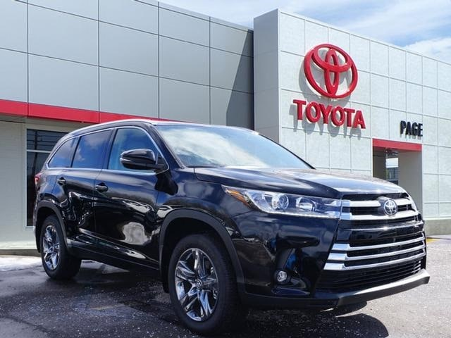 Featured New 2019 Toyota Highlander Limited Platinum V6 SUV for sale near you in Southfield, MI