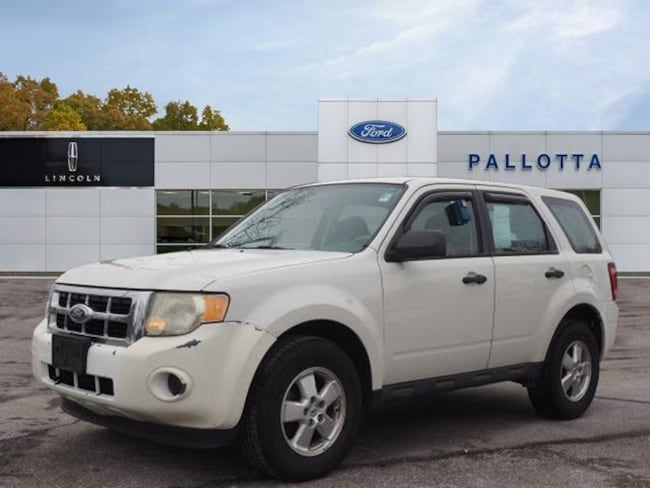 Used 2010 Ford Escape XLS SUV for sale in Wooster, OH