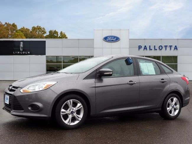 Used 2014 Ford Focus SE Sedan for sale in Wooster, OH
