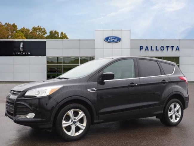 Certified Pre-Owned 2016 Ford Escape SE SUV for sale in Wooster, OH