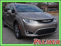 New 2018 Chrysler Pacifica LIMITED Passenger Van Atlanta