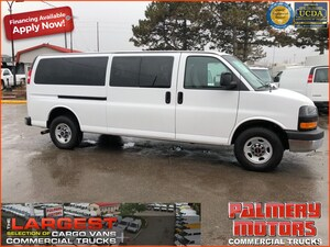 2015 Chevrolet Express 3500 15 Passenger