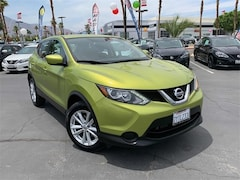 Used 2017 Nissan Rogue Sport S SUV JN1BJ1CP6HW001721