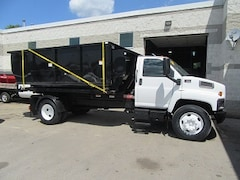 2007 GMC 7500 diesel with new switch and go flat  / Bin combo