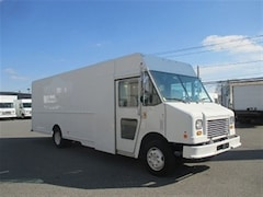2011 CHEVROLET Workhorse gas 22 ft step vans X 2 available
