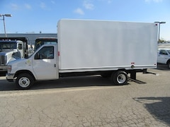 2017 FORD E-450 16 ft gas  unicell high box cube van