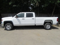 2018 GMC Sierra 2500HD CREW CAB 4X4 GAS LONG BOX Crew Cab