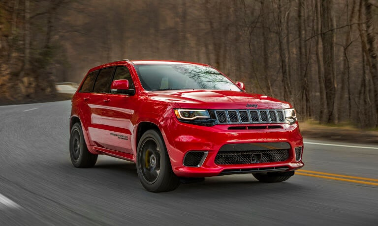 19Jeep-GrandCherokee-ExteriorForest-