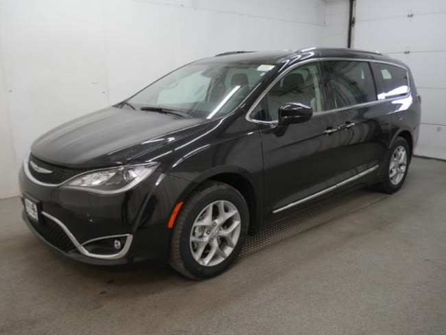 DYNAMIC_PREF_LABEL_AUTO_NEW_DETAILS_INVENTORY_DETAIL1_ALTATTRIBUTEBEFORE 2019 Chrysler Pacifica TOURING L Passenger Van DYNAMIC_PREF_LABEL_AUTO_NEW_DETAILS_INVENTORY_DETAIL1_ALTATTRIBUTEAFTER
