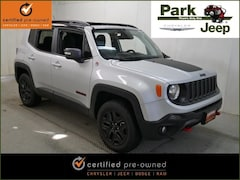2018 Jeep Renegade Trailhawk 4x4 Chrysler Certified SUV For sale near Saint Paul MN