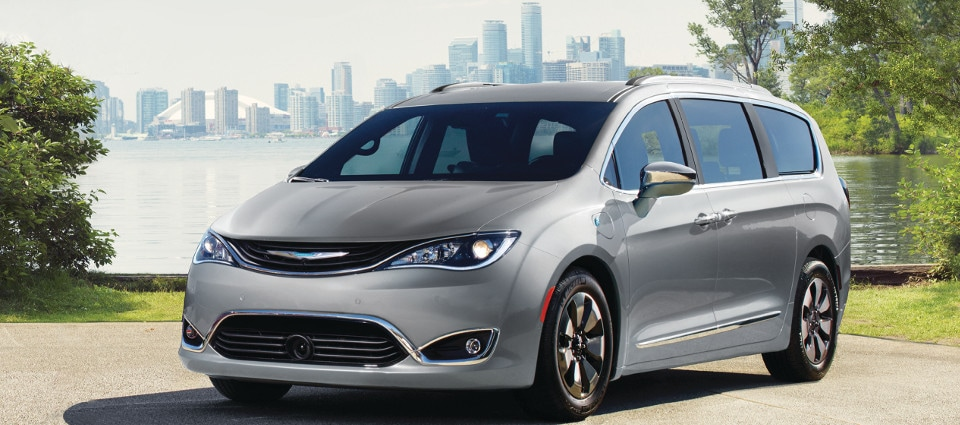 2019 Chrysler Pacifica near city
