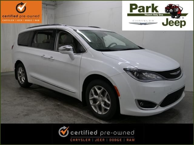 2017 Chrysler Pacifica Limited Chrysler Certified Van
