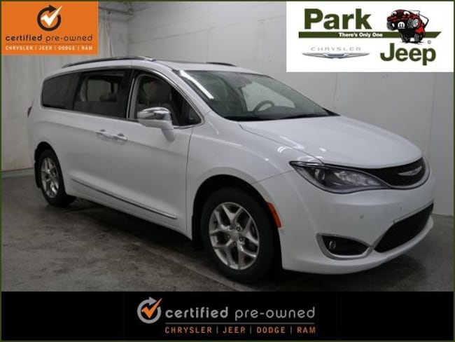 2017 Chrysler Pacifica Limited Chrysler Certified Van
