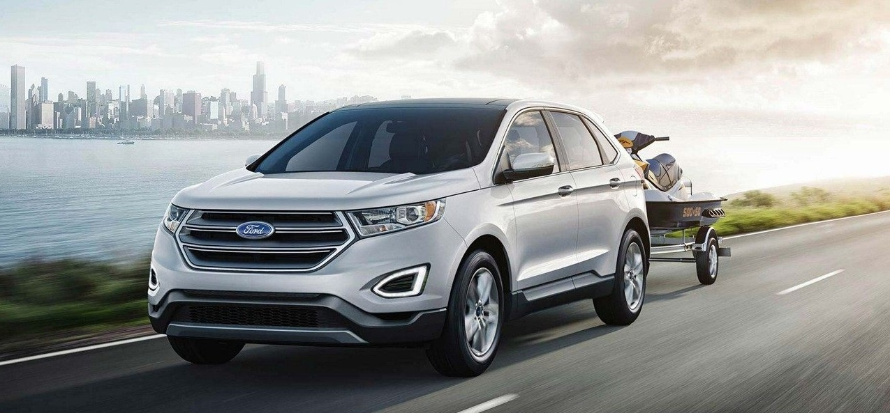 A White 2019 Ford Edge