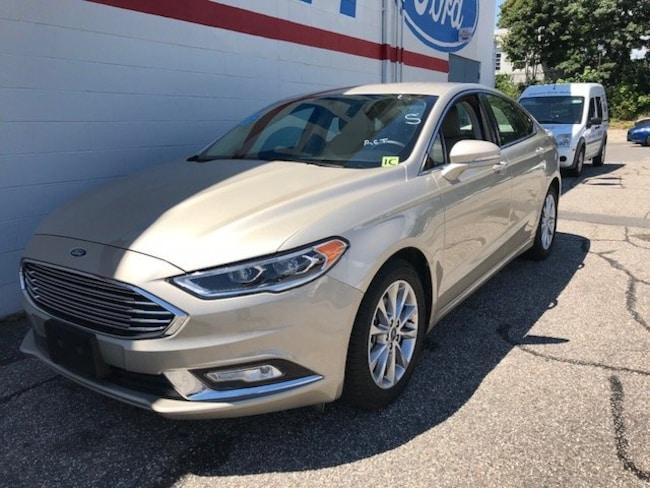 2017 Ford Fusion SE SE SEDAN