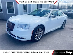 2018 Chrysler 300 Limited Sedan near Syracuse