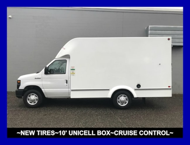 Used 2017 Ford E-350SD Base Cab/Chassis Tallmadge