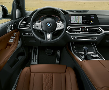 Dashboard of BMW X7