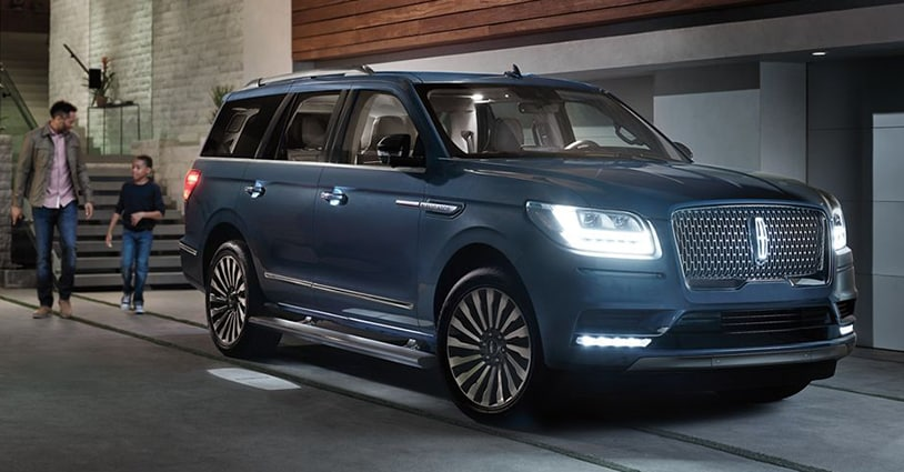 New 2019 Navigator Parks Lincoln of Tampa