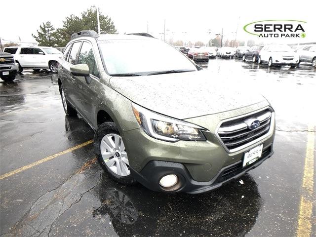 2019 Subaru Outback 2.5i Premium SUV 4S4BSAHC2K3228604