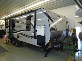 2019 OUTDOORS RV Creek Side 21 RD Titanium series