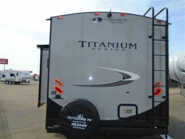 New 2019 OUTDOORS RV Creek Side 21 RBS Titanium series For