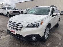 2015 Subaru Outback 2.5i w/Touring Pkg/eyesight/tech Hatchback