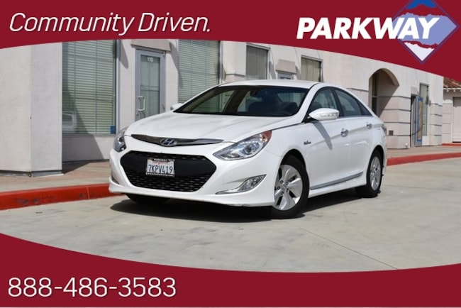 2015 Hyundai Sonata Hybrid Base Sedan for sale in Santa Clarita, CA at Parkway Hyundai
