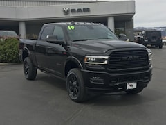 New 2019 Ram 3500 LARAMIE CREW CAB 4X4 6'4 BOX Crew Cab 3C63R3EJ1KG525273 for sale in Durango, CO