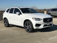 New 2019 Volvo XC60 Hybrid T8 R-Design SUV V19319 for Sale in Schaumburg, IL at Patrick Volvo Cars