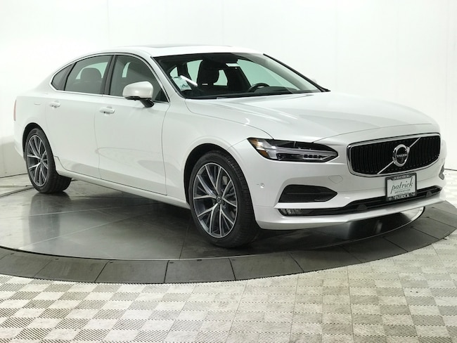 New 2018 Volvo S90 T5 Momentum Sedan for sale/lease in Chicago IL Area
