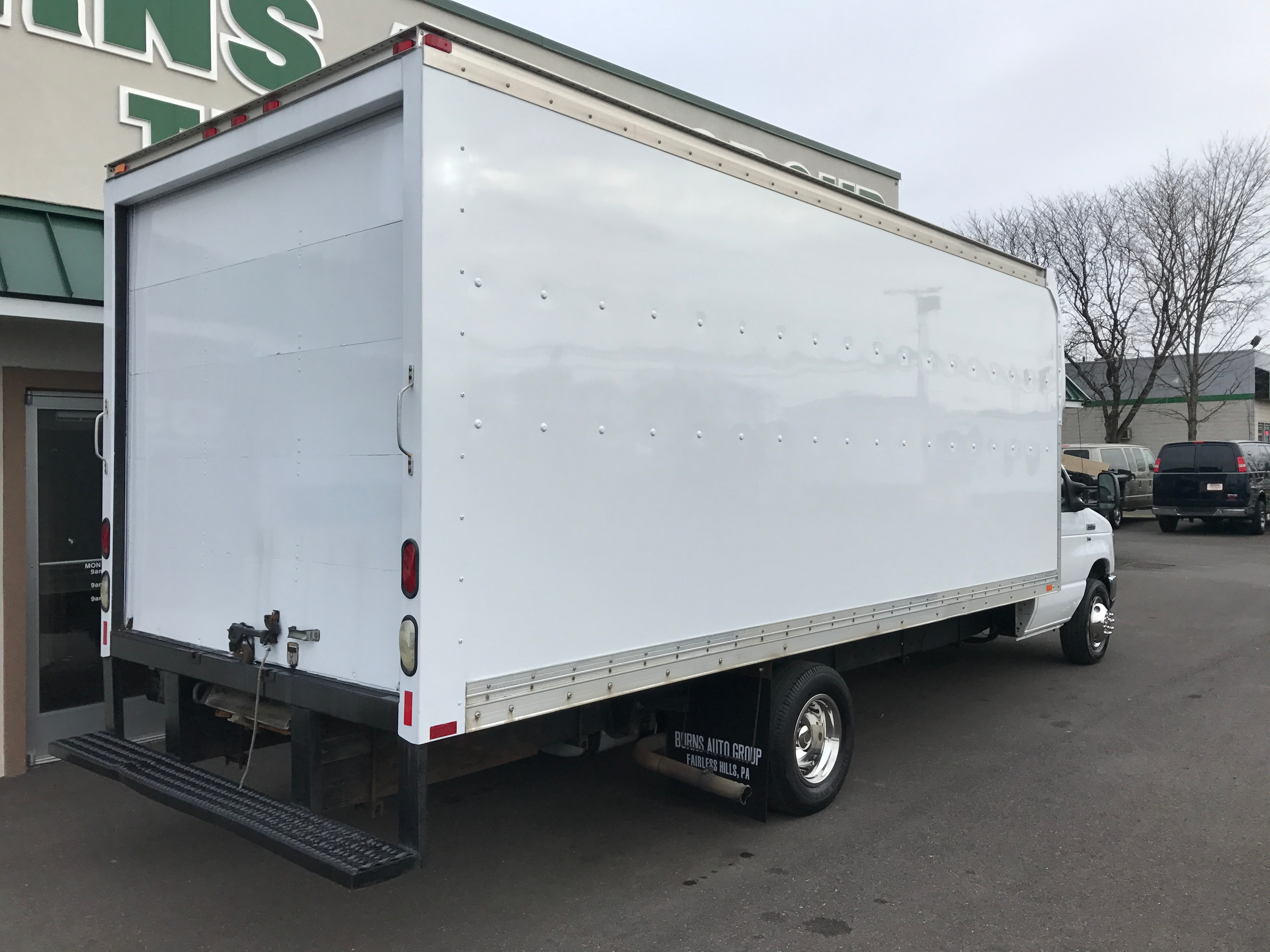 quailty new and used trucks trailers equipment and parts for sale. Black Bedroom Furniture Sets. Home Design Ideas