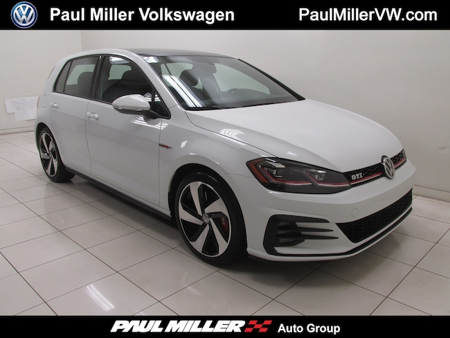 2018 Volkswagen Golf GTI 2.0T SE Hatchback Used Car for sale in Bernardsville, New Jersey