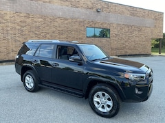 2018 Toyota 4Runner SR5 Premium V6 4x4 - Moonroof/Navigation/Heated Seats - Certified Warranty