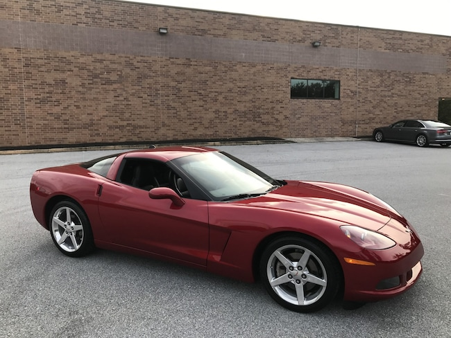 2005 Chevrolet Corvette Coupe 1SB 6-Speed/Magnetic Ride/Polished Wheels Coupe