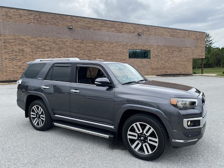 2018 Toyota 4Runner Limited 4x4 - 3rd Row Seat - Certified Warranty In