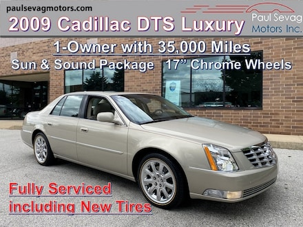 2009 Cadillac DTS 5-Passenger Luxury Collection Sun & Sound Pkg/Chrome Wheels/1-Owner