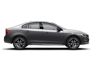 2018 Volvo S60 Cross Country vs. 2018 Buick Regal TourX