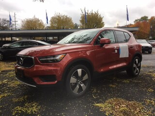 New 2019 Volvo XC40 T4 Momentum SUV YV4AC2HK0K2051662 Hawthorne
