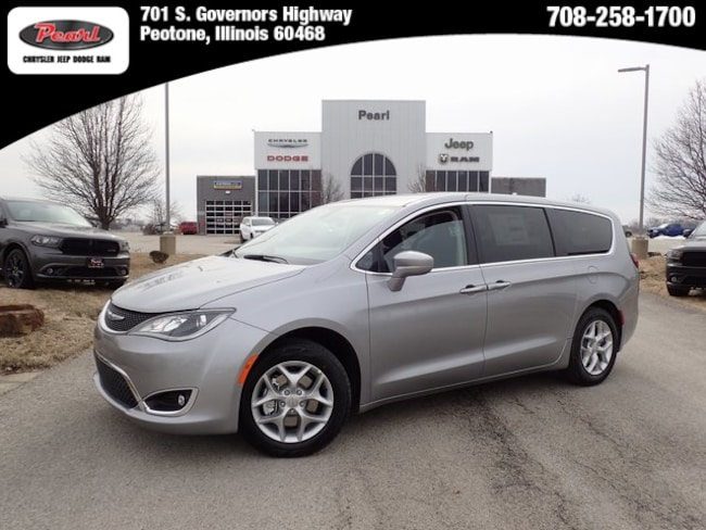 New 2019 Chrysler Pacifica TOURING PLUS Passenger Van in Peotone, IL