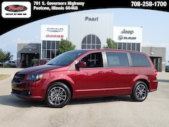 2019 Dodge Grand Caravan SXT Passenger Van for sale in Peotone, IL